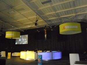 XS CYLINDRICAL HANGING BANNERS